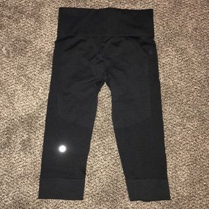 Capri lululemon leggings